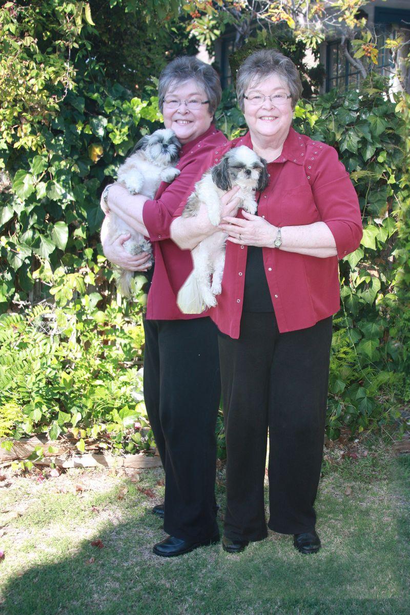 Doggie Twins 399x600